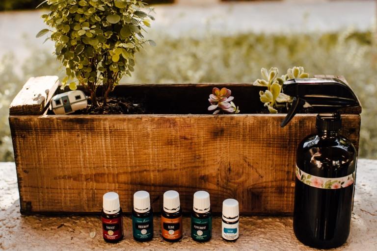 Gardening with Essentail Oils TMinspired 1000k-2